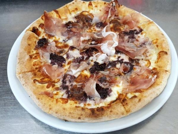Pizza Asiago tutta da scoprire!